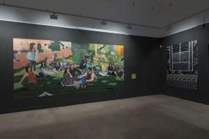 Sala de exposiciones con la obra de Miki Leal